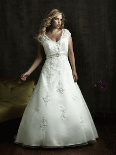 15+Beautiful+Plus-Size+Wedding+Dresses+|+TheKnot.com