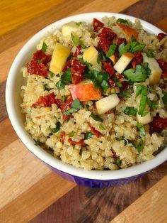 Quina with Sun Dried Tomatoes, Apples and Scallions - The Lemon Bowl #glutenfree #vegan #quinoa