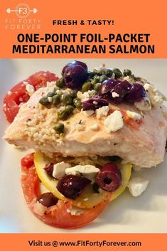 Foil-packet cooking makes dinner and clean up a breeze. Simply take large sheets of foil (about double the size of your baking sheet, add a liquid (like broth or juice), add your lean protein, chopped veggies, fold the foil, and crease to seal. Our Foil-Packet Mediterranean Salmon uses traditional Greek spices, Kalamata olives, fat-free feta cheese, capers, and fresh, chopped tomatoes. #FitFortyForever #SalmonRecipes #FoilPacketsForTheOven #FoilPacketMeals #WeightWatcherRecipes Low Sugar Recipes, Light Recipes, Meat Recipes, Healthy Recipes, Healthy Meals, Dinner Recipes, Foil Packet Dinners, Foil Packets, Greek Spices