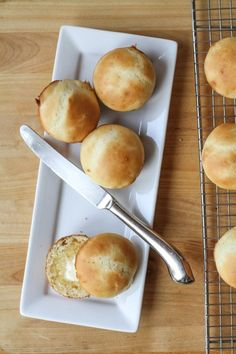 No-Knead Batter Roll