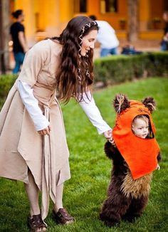 This shall be me and baby G's halloween costume when he can walk: Star Wars Costumes: Endor Leia and Wicket the Ewok