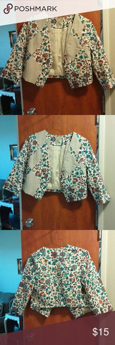 Anthropologie Elevenses Cropped Blazer 12 Cropped, flowered blazer by Elevenses bought from Anthropologie. Size 12, NWOT. Never worn! Thanks for looking! Jackets & Coats Blazers