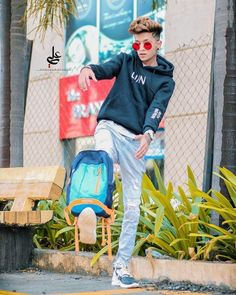 Cute Boy Photo, Photo Poses For Boy, Beautiful Girl Photo, Stylish Dresses For Girls, Stylish Boys, Best Free Lightroom Presets, Photoshoot Pose Boy, Cartoon Wallpaper Hd, Cute Boys Images