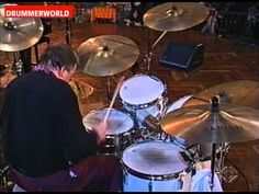▶ Charly Antolini: CARAVAN - The Big Drum Solo - YouTube