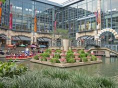 Rivercenter Mall, San Antonio