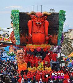 """""""Carnevale di viareggio 2012- seconda categoria""""Vieni vieni con me!"""""""