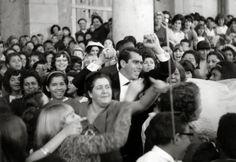 O casamento do cantor e compositor Carlos Cezar com Anice, anos 60, no Santuário Santa Isabel Rainha, Vila Santa Isabel. Colaborou com a foto: Nijme Dorácio