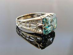 White Gold Filigree Rectangualr Blue Zircon Ring