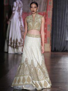 By designer Rimple & Harpreet Narula. Shop for your wedding trousseau, with a personal shopper & stylist in India - Bridelan, visit our website www.bridelan.com #Bridelan #weddinglehenga