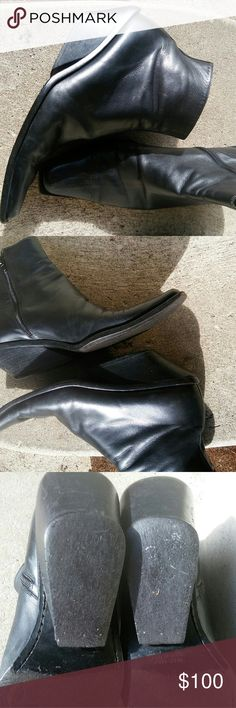 Stunning ANN DEMEULEMEESTER ICONIC black leather Black leather ankle boots. In good condition. Lots of life. Some wear. Still amazing italian shoes at a great price Ann Demeulemeester Shoes Ankle Boots & Booties