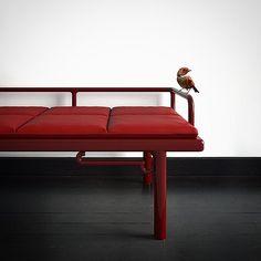 bench Opium