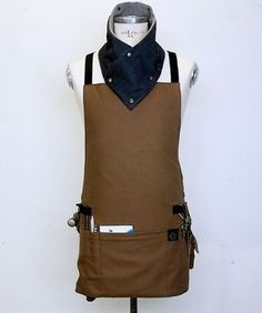 Sample Sale Basic Cross Back Utility Apron in Brown with Water Resist Lining for MAN Work Aprons, Cute Aprons, Leather Apron, Sewing Aprons, Apron Designs, Steampunk Costume, Leather Working, Leather Craft, Unisex