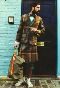 Once a necessary part of the attire, sporrans are not required to look sharp in a kilt.