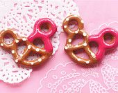 5 Pcs Chocolate Pretzels with Jam Mickey Resin Cabochons Miniature Charms Charm DIY Cell Phone Deco Jewelry Making Finding Key Chain #R478