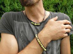 Kožený náramek pánský s kameny: chryzotín