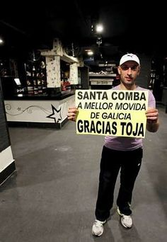Santa Comba deja el flamenco  Tras la inhabilitación por 4 años del exalcalde que dio 43 licencias de tablaos, los locales nocturnos empiezan a reconvertirse en pubs
