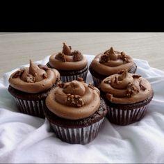 Nuetella Cupcake!  http://www.chef-in-training.com/2011/05/delicous-nutella-cupcake-recipe.html