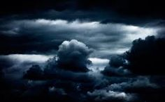 nuage in the moonlight............... inspires a desire to be out and exploring the shadow world