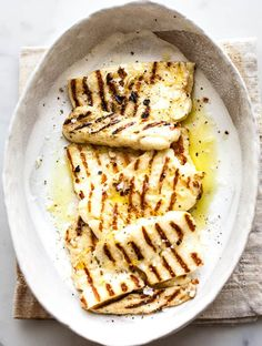 Grilled halloumi is a perfect meal helper. It's packed with protein, is low in fat is delicious with those grill marks of flavour. #vegetarian #cheese #cleaneating