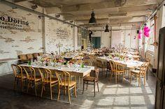 Urban Chic Hochzeit in der Fabrik 23 von Michal Grajkowski | Hochzeitsblog - The Little Wedding Corner