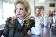 Pictures & Photos of Britt Robertson - IMDb