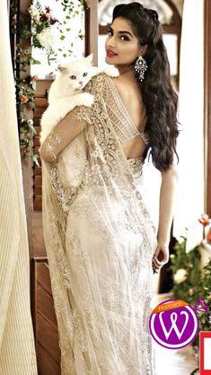 Wedding Saree Dress - 21 Inspiring Inspiration - www.weddzer.com