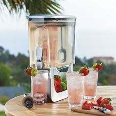 drink dispenser design - The Instant Infusion Beverage Dispenser is a great drink dispenser design o have to create fresh fruit-infused beverages on the daily. Drink Dispenser, Drink Holder, Tea Container, Summer Parties, Kitchen Gadgets, Kitchen Stuff, Serveware, Sangria, Fresh Fruit