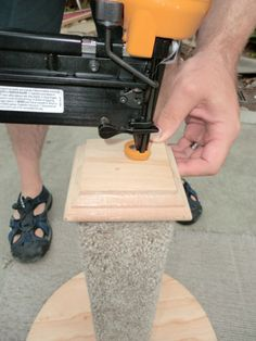 Make your own scratching post for under $10.