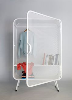 Harold is a minimalist design created by Netherlands-based designer Jesse Visser. A expanded metal cabinet that can be used as wardrobe as well as storage for offices. (7)