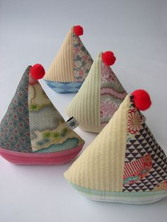 Vintage looking sailboat pincushions-