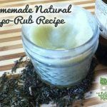 How to Make Your Own Natural Vapor Rub ½ cup olive oil, coconut oil, or almond oil 2 level tablespoons of beeswax pastilles 20 drops of Eucalyptus Oil 20 drops Peppermint Oil 10 drops Rosemary Oil 10 drops cinnamon or clove oil (optional) Be Natural, Natural Healing, Natural Beauty, Natural Living, Natural Things, Natural Skin, Natural Home Remedies, Herbal Remedies, Health Remedies