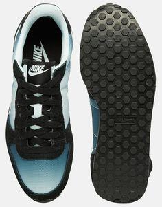 Image 3 - Nike - Genicco - Baskets délavées - Blanc et noir