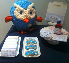 Giggle and Hoot Themed Party.