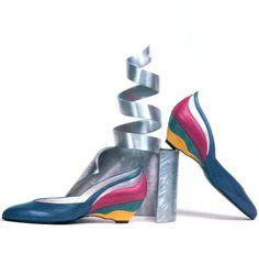 Stuart Weitzman, American Vogue, December 1986. Photograph by Tali Katzurin. Stuart Weitzman, 80s Shoes, Vogue, 80s Fashion, Vintage Shoes, American, 1980s, Stiletto Heels, Footwear