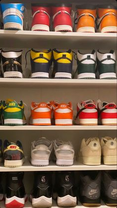Shoes Sneakers, Shoes Heels, Fresh Shoes, Fresh Kicks, Types Of Shoes, Shoe Game, Shoe Collection, Nike Air, Street Wear
