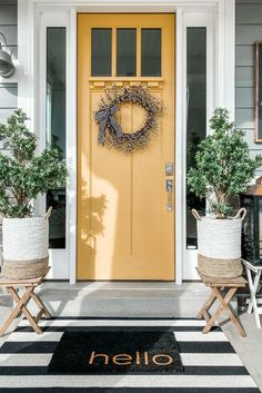 This cheerful, rustic wreath features woven brown branches thick with white berries reminicent of classic willow botanicals. Pre-lit with the perfect amount of bright white LEDs, and including an easily concealable battery box and built in hook, Yellow Front Doors, Front Door Paint Colors, Painted Front Doors, Front Door Decor, Front Porch Decorations, Diy Front Porch Ideas, Front Door Plants, Colored Front Doors, Fromt Porch Decor
