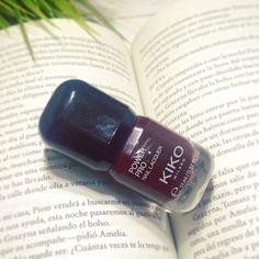 Buenas noches IG // Sweet Dreams ;) #nailspolishaddict #nailsporn #nailspolish #amazing #red #wine #lifestyle #picture #pic #beautybloggers #bblogger #khimma #eltocadordekhimma #fblogger #bloggerlife #kiko #kikocosmetics #inlove #instamoment #instagramers #loveit #cute #books #tagsforfollow #tagsforlikes #ig #igerspain #igers #l4l #f4f