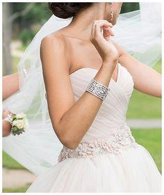 Sieraden zijn een essentieel gedeelte van jouw uiterlijke verschijning. Lees onze handige tips en laat je inspireren op internethuwelijk.nl