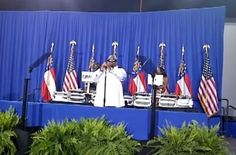 Cee-Lo sings Fuck You at Obama fundraising event.
