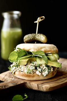 Kräuter-Thunfisch-Salat-Sandwiches - K für Katrine - Sans Gluten ou Sans Pro. Best Tuna Sandwich, Salat Sandwich, Soup And Sandwich, Healthy Sandwiches, Wrap Sandwiches, Lunch Recipes, Healthy Recipes, Plat Vegan, Gluten