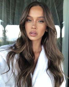 Hair Colour For Green Eyes, Brown Hair Colors, Green Hair, Brown Hair Green Eyes, Hair Colours For Brunettes, Makeup Looks Green Eyes, Dark Skin Green Eyes, Hazel Eyes Hair Color, Brown Hair Inspo