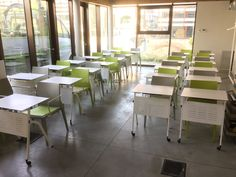 Coloured Hoth chairs for a training room in Milan #ibebi