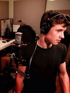 Shawn Mendes 2014 Interview About New Music, Taylor Swift | Teen.com