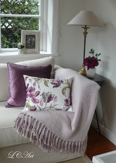 Lee Caroline - A World of Inspiration: A Mauve Inspiration & Laura Ashley