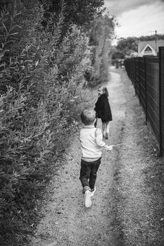 #photographie #photography #grossesse #famille #nature Railroad Tracks, Couple Photos, Couples, Nature, Pregnancy, Photography, Couple Shots, Naturaleza, Couple Photography