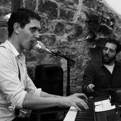 Música en directo en pizzeria restaurante Les Dues Sicílies.