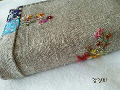 프랑스자수 성경커버 : 네이버 블로그 Silk Ribbon Embroidery, Towel, Blog, Needlepoint, Blue Prints, Blogging