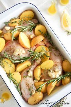 Sommerrezept, Knoblauch-Zitrone, Zitrone-Kräuter, Hähnchenkeulen Rezept, Rezept Hähnchenschenkel, Zitronen Hähnchen, Knoblauch Hähnchen, Rezepte mit Rosmarin, Rezepte mit Thymian, Rezepte mit Knoblauch, Mittagessen, Was koche ich heute, Draußen essen, Hauptspeise, Hähnchengericht, Marinadenrezept, Marinade für Hähnchen, Zitrone-Olivenöl-Marinade