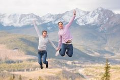 sapphire-point-proposal-engagement-photo-jumping