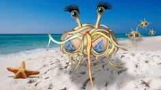 FSM The Flying Spaghetti Monstress wowing the boys on the beach